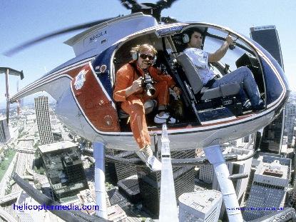 Klaus ist ständig für sein Firma Helicoptermedia unterwegs