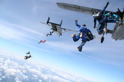 Fallschirmspringen mit der richtigen Ausbildung